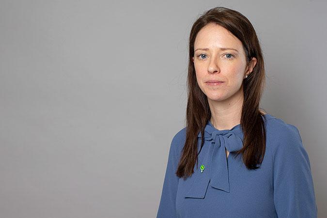 Porträttbild av Åsa Lindhagen